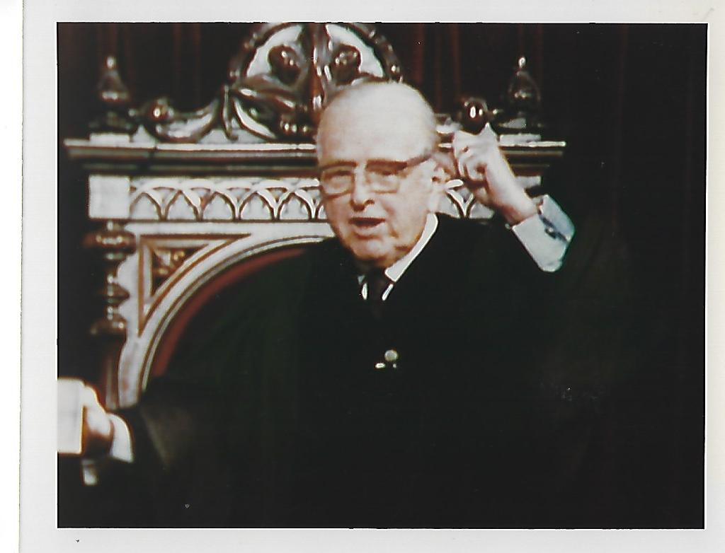 Norman_Vincent_Peale_preaching_Marble